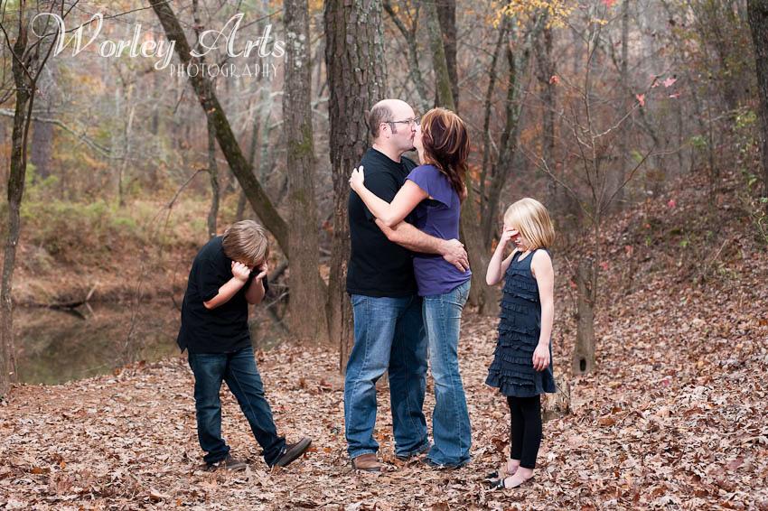 kissing parents